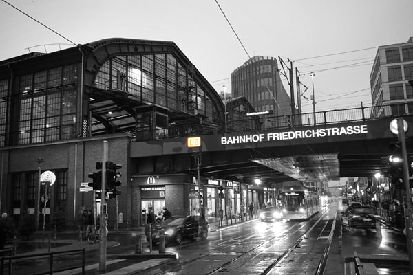 Bhf Friedrichstraße, 2018