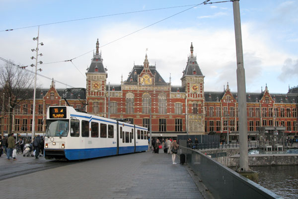 Hbf Amsterdam-Centraal. 2015