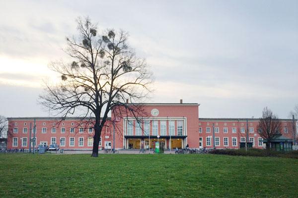 Hbf _Dessau, 2015